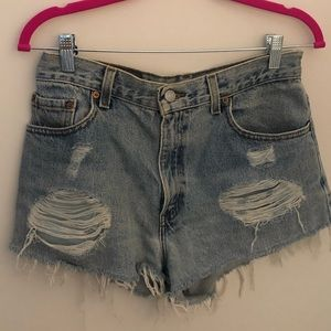 Urban Outfitters x Levi's Denim Highrise Shorts